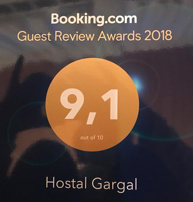 ólvega booking alojamiento hostal